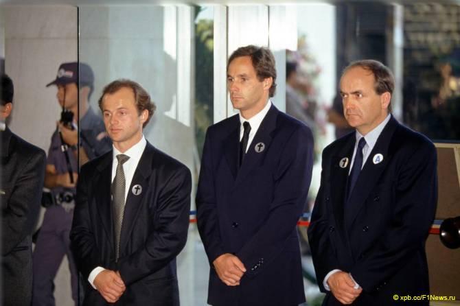 Герхард Бергер ан похоронах Сенны