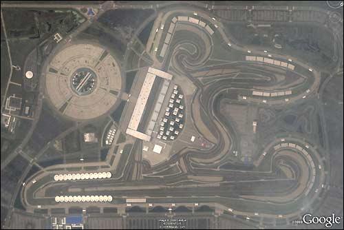 Круговая трасса автодрома в Шанхае.  Вложение. google_map_china_shanghai_int_circuit.jpg 194.95 Кб Просмотров: 597.